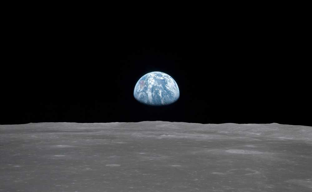 Earthrise vista da Apollo 8 em órbita da lua © NASA